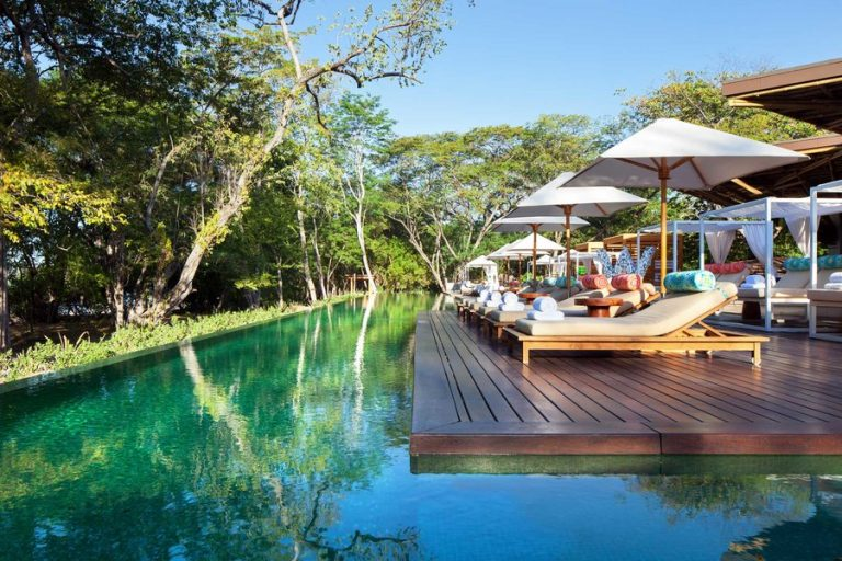 10 Incredible Things To Do in Costa Rica